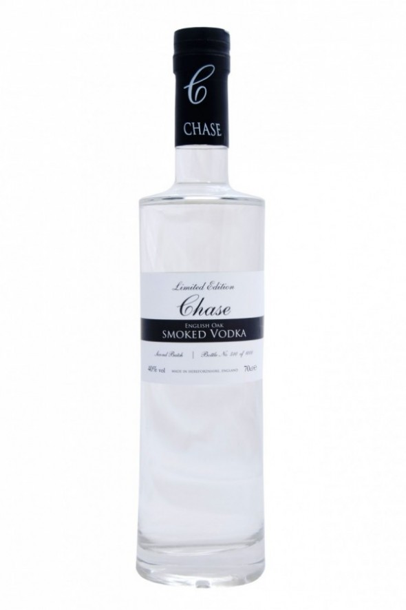 Chase Smoked Vodka  82728 zoom 590x885 Os 12 sabores de vodka mais toscos do mundo