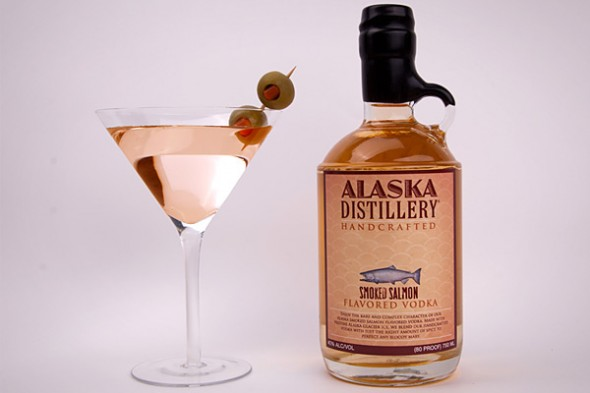 Unusual Vodka Flavors smoked salmon 590x3931 Os 12 sabores de vodka mais toscos do mundo