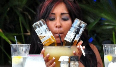 snooki drinking web