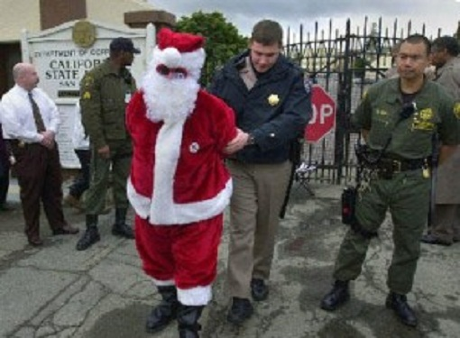 Papai Noel...detido após extrapolar nas dicas natalinas do Etílicos e cometer alguns pequenos atos de vandalismo e atentado ao pudor.