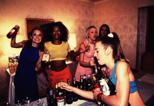 famosos bebados - awesome peole drunk - spice girls