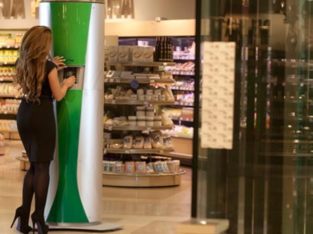 mulher-supermercado-comercial-rapidcool-v-tex-enviro-cool-div
