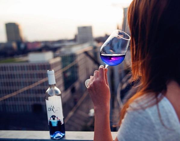 vinho azul1
